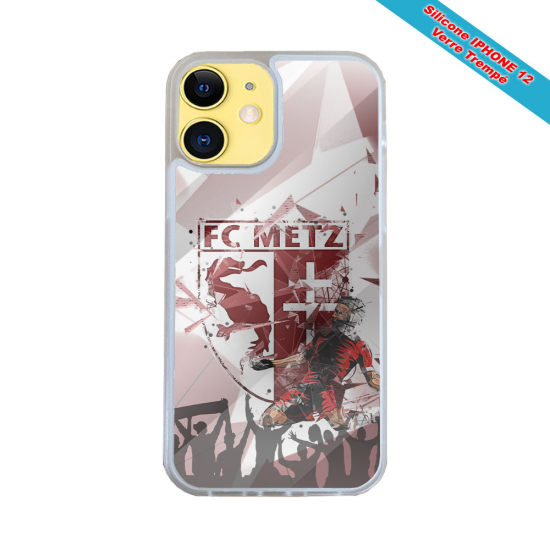 Coque IPhone silicone gravure sur bois Map Monde